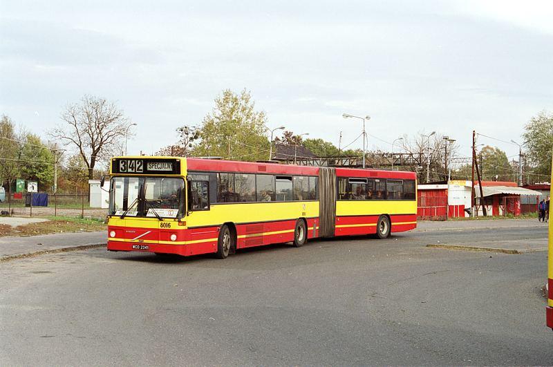 Volvo B10MA #8016