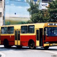 10.08.2002, Wrocław, ul. Skargi. Jelcz na linii 120. fot. Krystian Jacobson.