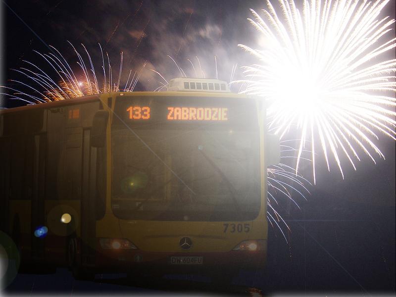 Okres świąteczno-noworoczny w komunikacji miejskiej - wyk. Przemysław Kędzierski