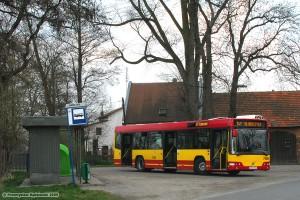 8.04.2009, Volvo na linii 147 oczekuje na swoją godzinę odjazdu z pętli Kłokoczyce.