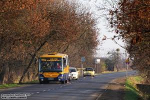 19.11.2013, Wrocław ul. Bierutowska. SOR na linii 914a zmierza w kierunku centrum miasta.