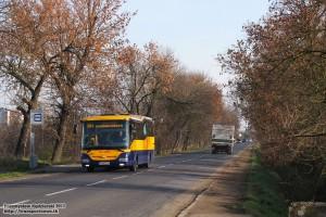 19.11.2013, Wrocław ul. Bierutowska. SOR na linii 904 zmierza w kierunku centrum miasta.