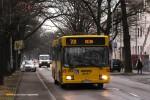 09.01.2014, Wrocław ul. Olszewskiego. Mercedes na linii 701.