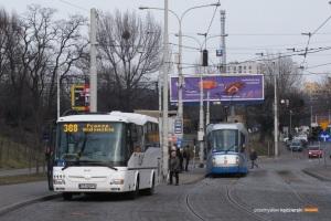 5.03.2014, Wrocław Dworzec Nadodrze. Czeskie autobusy szturmem zawojowały linie strefowe we Wrocławiu. Można je spotkać we wszystkich gminach, do których dojeżdżają linie strefowe organizowane przez Gminę Wrocław.