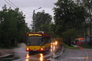 17.05.2014, Wrocław ul. Sołtysowicka. Volvo na linii specjalnej M1 uruchomionej z okazji Nocy Muzeów.