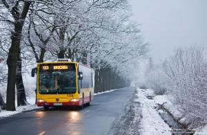 24.01.2012, Wrocław, ul. Konduktorska. Mercedes na linii 133. fot. Wojciech Dembski