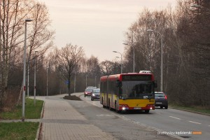 27.03.2015, Wrocław ul. Maślicka. Volvo na linii 102.
