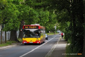 1.06.2015, Wrocław ul. Robotnicza. Volvo na linii 149.