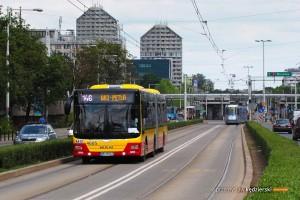 16.06.2015, Wrocław pl. Grunwaldzki. MAN na linii 146.