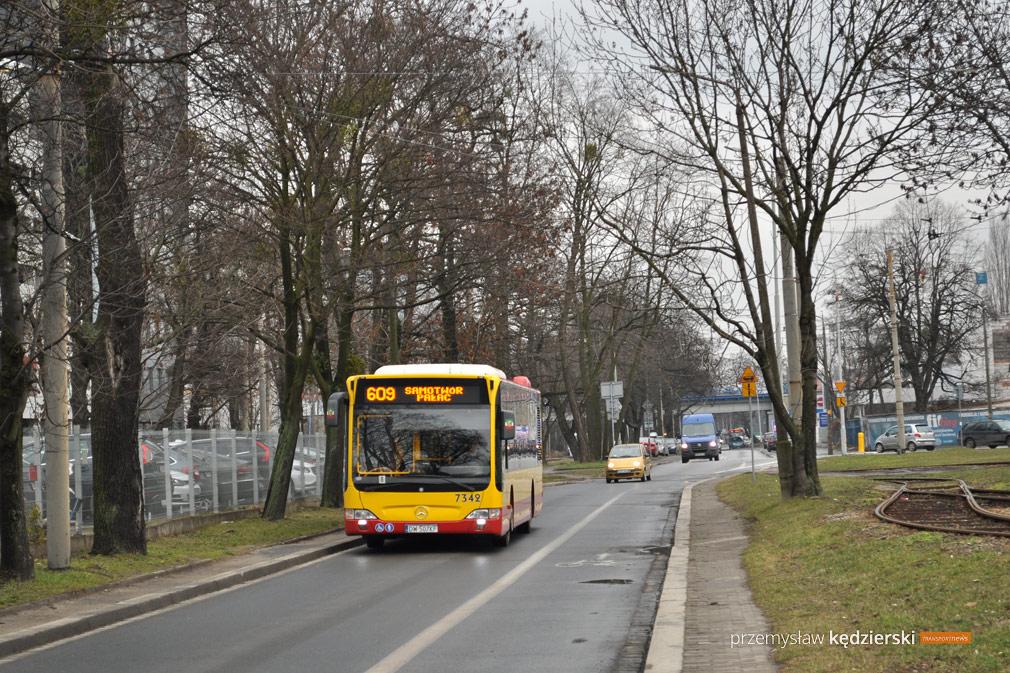 Awaria wodociągowa na ulicy Robotniczej – objazdy autobusów