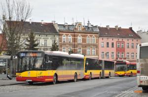 15.02.2016, Wrocław, pętla Leśnica. Solaris na linii 101.