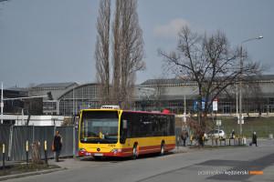 14.03.2016, Wrocław ul. Joannitów. Mercedes na linii 122.