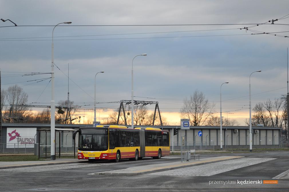 Demontaż rury wodociągowej – zmiany tras linii autobusowych