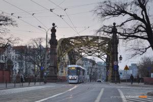 14.03.2016, Wrocław ul. Wróblewskiego. Konstal na linii 2.