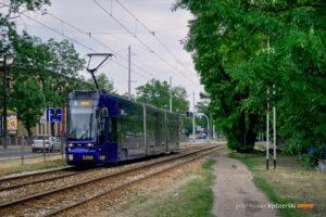 27.05.2016, Wrocław, ul. Krakowska. Pesa na linii 5.