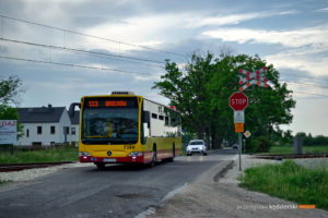 27.05.2016, Wrocław, ul. Konduktorska. Mercedes na linii 133.