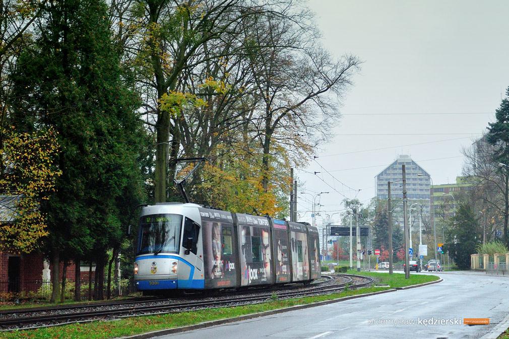 Awaria wodociągowa na Teatralnej – zmiana trasy linii 17