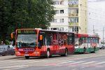 1.06.2005, Wrocław, ul. Skargi. Mercedes na linii ShuttleBus. fot. Adam Górecki.