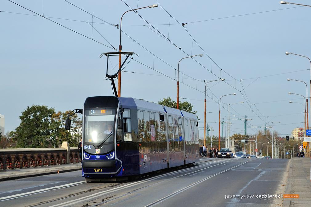 Wymiana szyn tramwajowych na Placu Staszica
