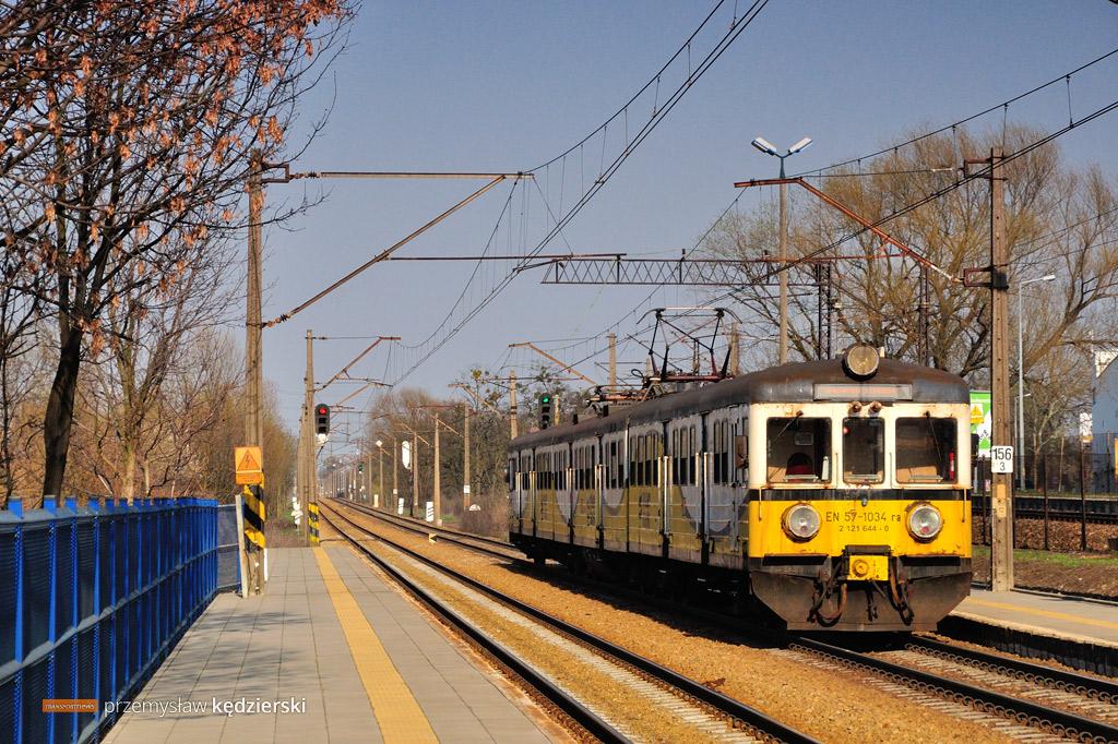 EN57-1034