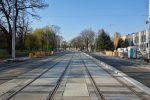 17.04.2019, Wrocław, ul. Hubska. Po prawej stronie będzie przystanek dla tramwajów jadących w kierunku ulicy Pułaskiego. fot. Neo[EZN] / fotopolska.eu, CC BY-SA 4.0