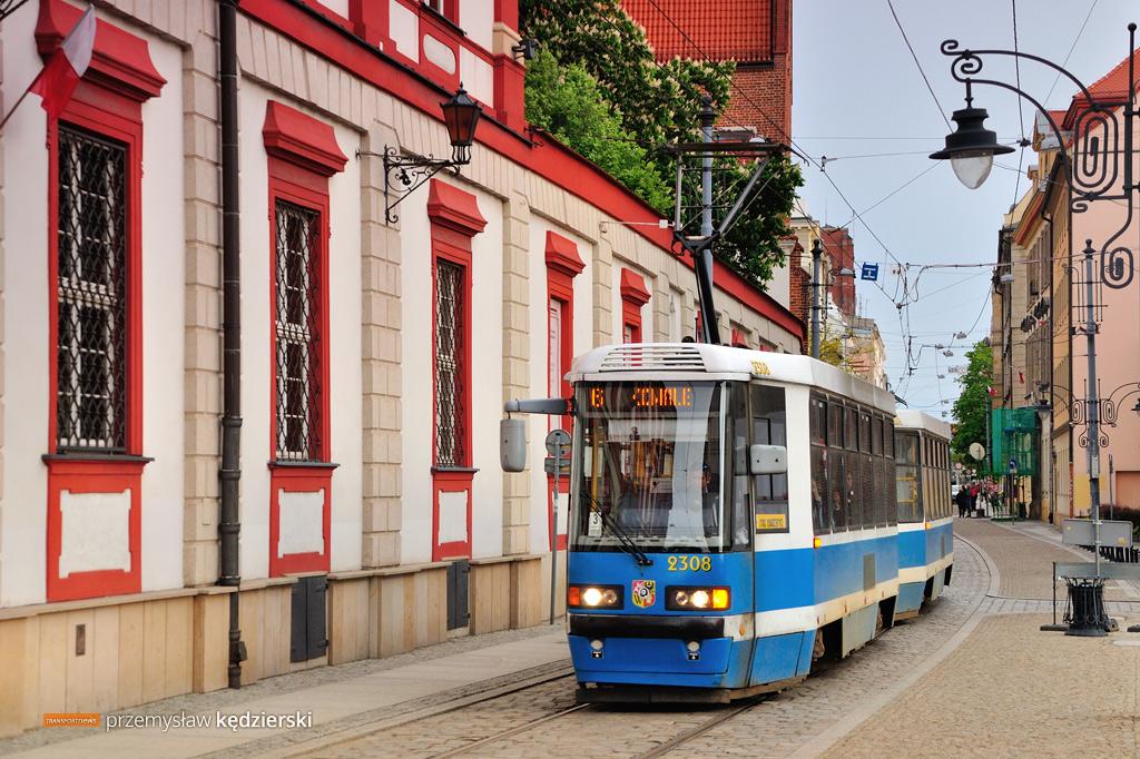 Wakacje 2019 we wrocławskiej komunikacji