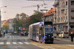 01.11.2019, Wrocław, ul. Grunwaldzka. Moderus na linii E6.