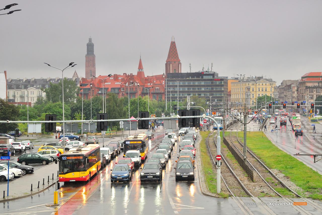 Weekendowe zmiany tras autobusów na Popowicach